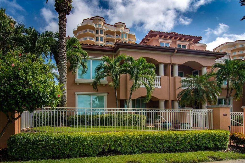 503 5TH AVE NE #503 Property Photo - ST PETERSBURG, FL real estate listing