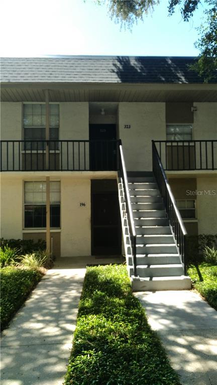809 RUSSELL LANE #323 Property Photo - BRANDON, FL real estate listing