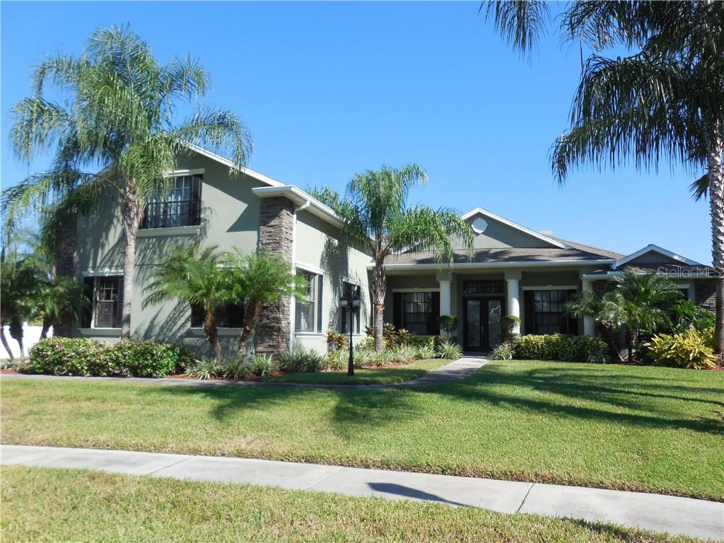 1205 CARRIAGE PARK DRIVE Property Photo - VALRICO, FL real estate listing