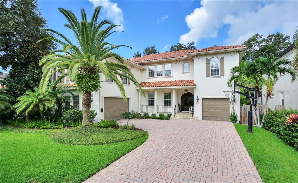 637 RIVIERA DRIVE Property Photo - TAMPA, FL real estate listing