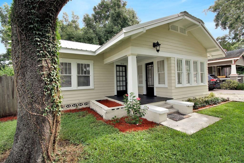 1310 E GIDDENS AVE Property Photo - TAMPA, FL real estate listing