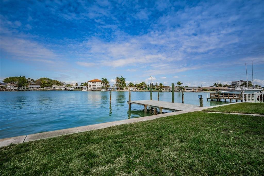 18 BELLEVUE DRIVE Property Photo - TREASURE ISLAND, FL real estate listing
