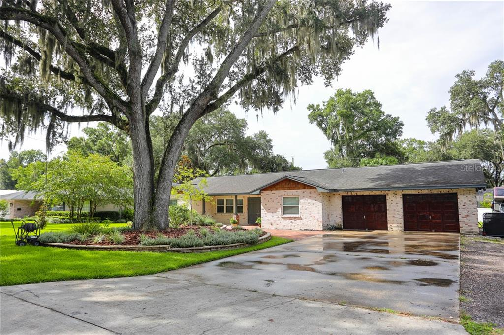 329 FERN CLIFF AVE Property Photo - TEMPLE TERRACE, FL real estate listing