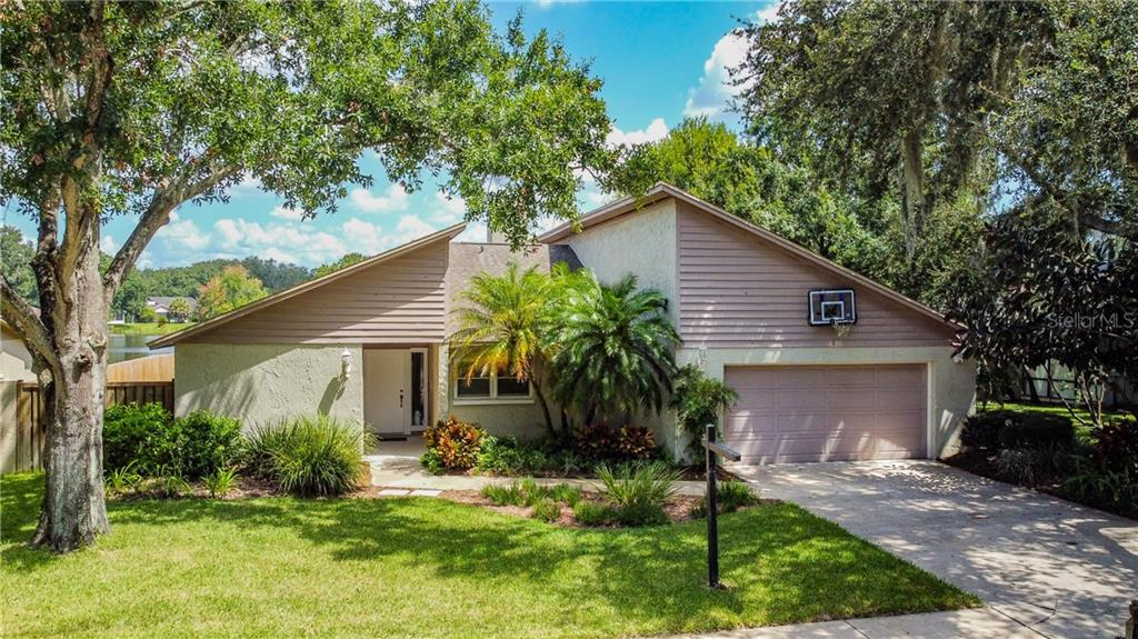 3352 FOXRIDGE CIR Property Photo - TAMPA, FL real estate listing