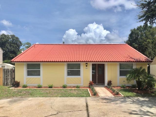 16135 SANDCREST WAY Property Photo - TAMPA, FL real estate listing