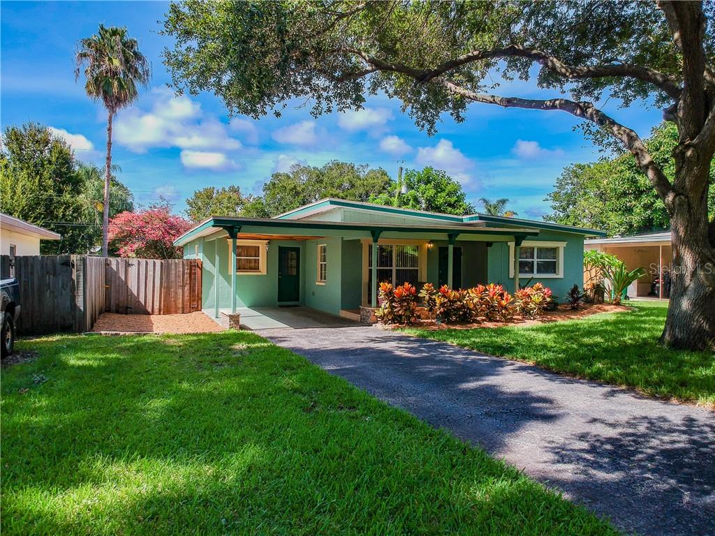 1924 PINEHURST DRIVE Property Photo - CLEARWATER, FL real estate listing