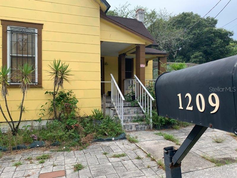 1209 E DR MARTIN LUTHER KING JR BOULEVARD Property Photo