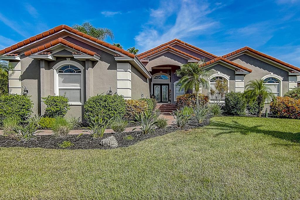 6402 RUBIA CIR Property Photo - APOLLO BEACH, FL real estate listing