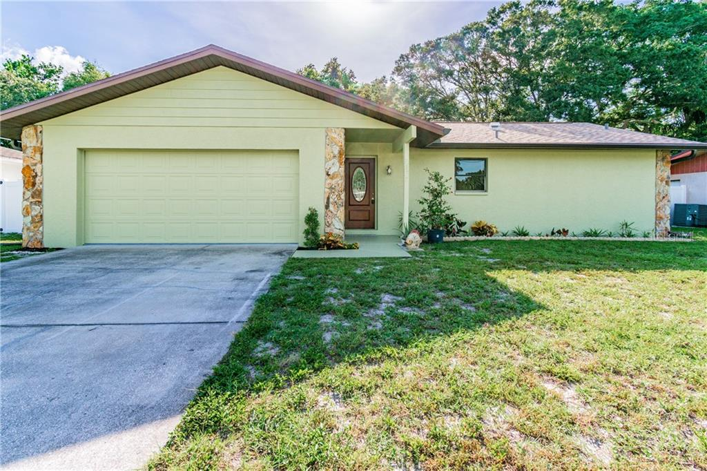 2138 POINCIANA DRIVE Property Photo - CLEARWATER, FL real estate listing