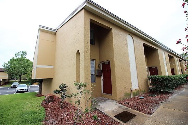 4222 La Palma Court Property Photo
