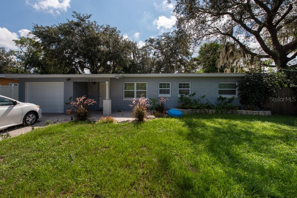 7603 PINE HILL DRIVE Property Photo - TAMPA, FL real estate listing