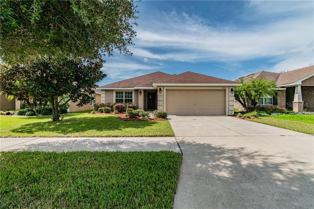 10909 STANDING STONE DRIVE Property Photo - WIMAUMA, FL real estate listing