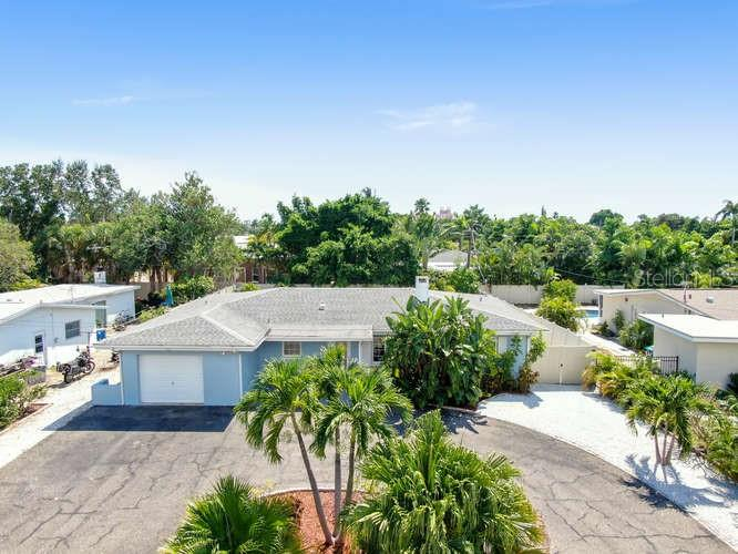 487 BELLE POINT DRIVE Property Photo - ST PETE BEACH, FL real estate listing