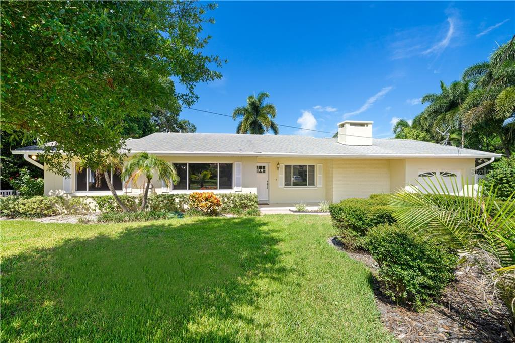 592 CORTEZ AVENUE Property Photo - BELLEAIR BLUFFS, FL real estate listing
