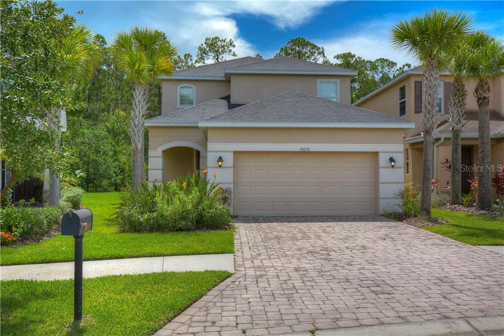 16026 BELLA WOODS DRIVE Property Photo - TAMPA, FL real estate listing