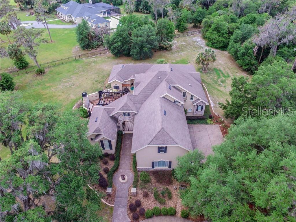 12709 MANNHURST OAK LANE Property Photo - LITHIA, FL real estate listing