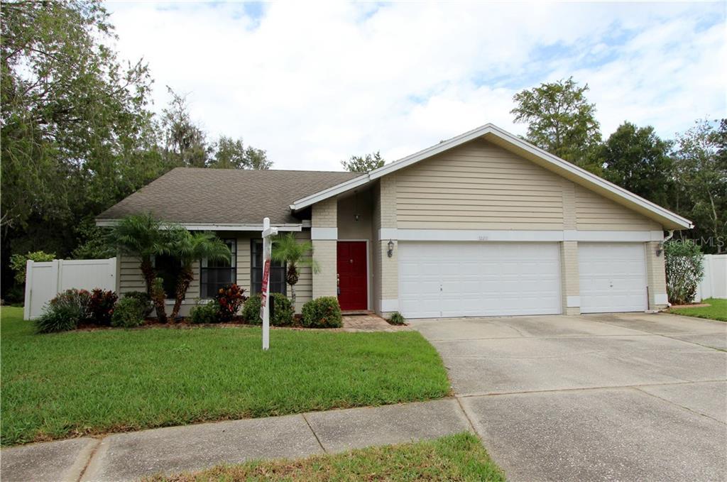12219 STEPPINGSTONE BOULEVARD Property Photo - TAMPA, FL real estate listing