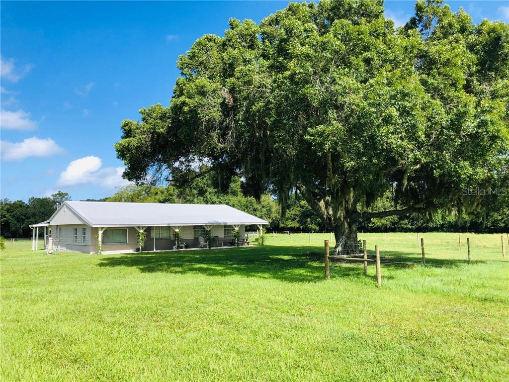 1711 15TH STREET SE Property Photo - RUSKIN, FL real estate listing