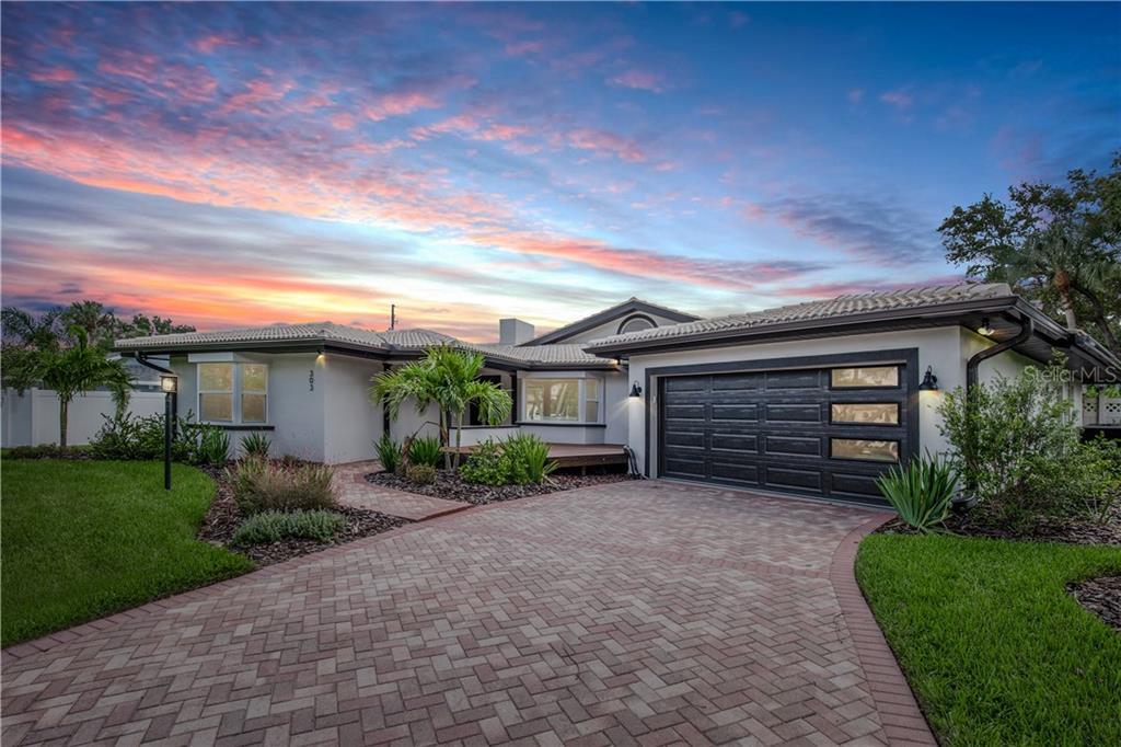 303 HICKORY LANE Property Photo - LARGO, FL real estate listing