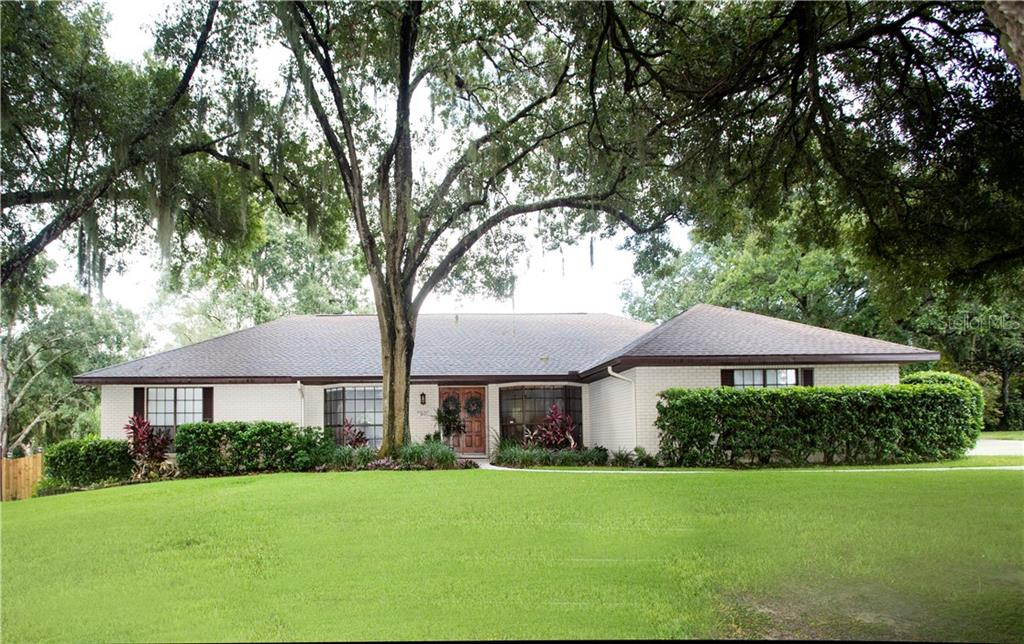 2538 LAURELWOOD LANE Property Photo - VALRICO, FL real estate listing