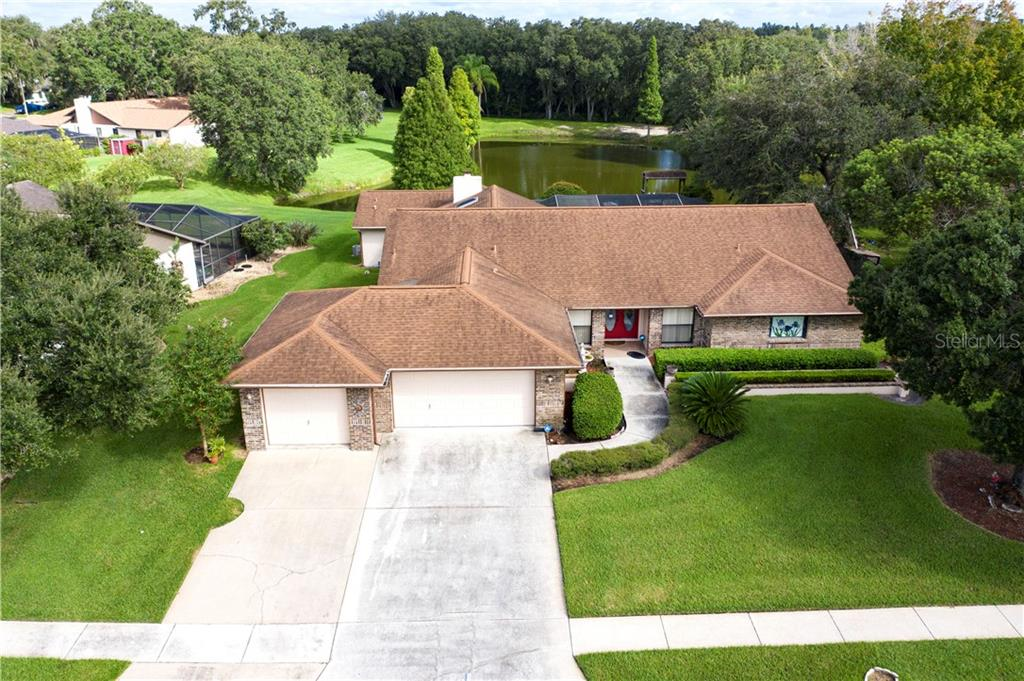 610 Pinewalk Drive Property Photo