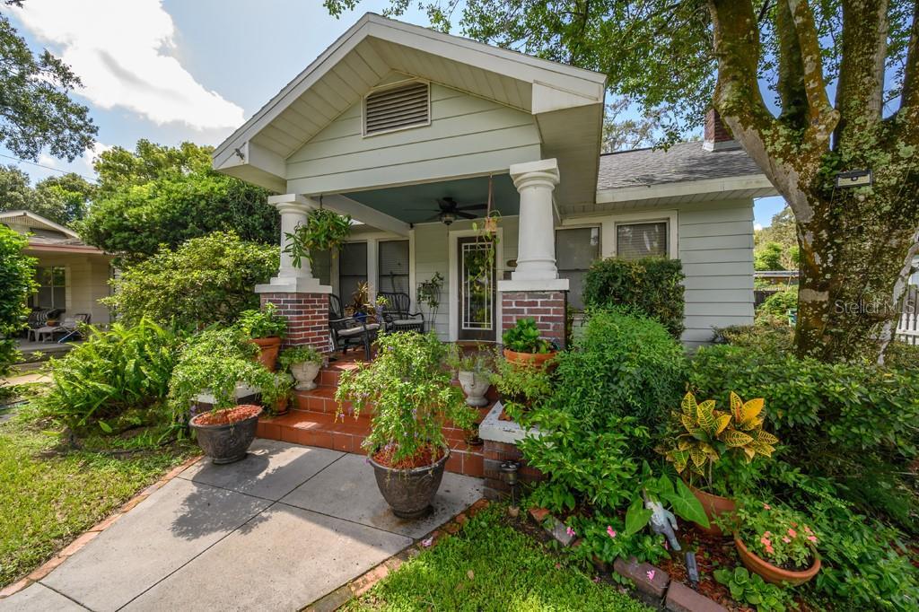 1427 E PARIS STREET Property Photo - TAMPA, FL real estate listing