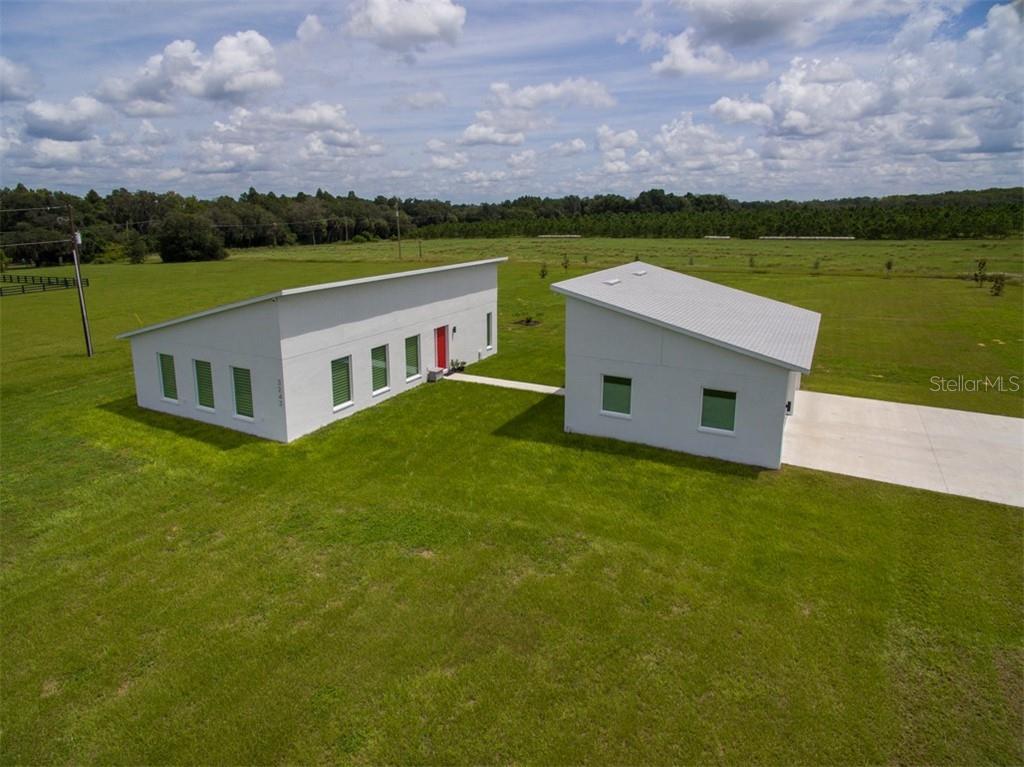 3243 N KINGSWAY ROAD Property Photo - THONOTOSASSA, FL real estate listing