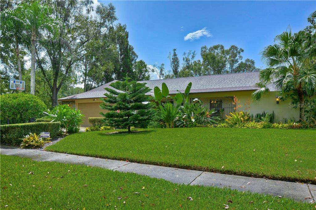 4302 SOUTHPARK DRIVE Property Photo - TAMPA, FL real estate listing