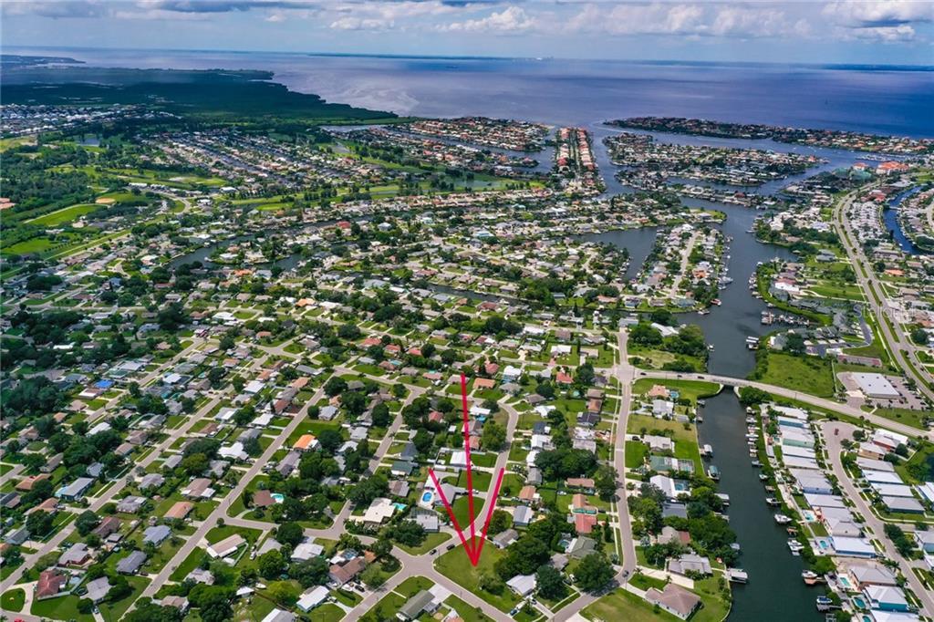 501 N FLORIDA CIRCLE Property Photo - APOLLO BEACH, FL real estate listing