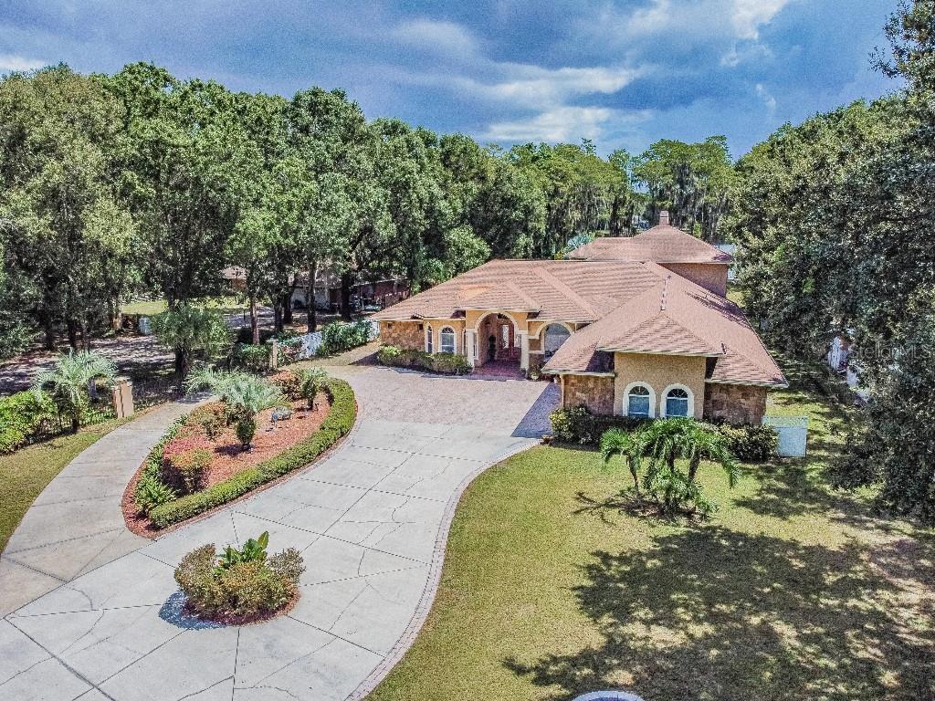 6031 Lakeside Drive Property Photo