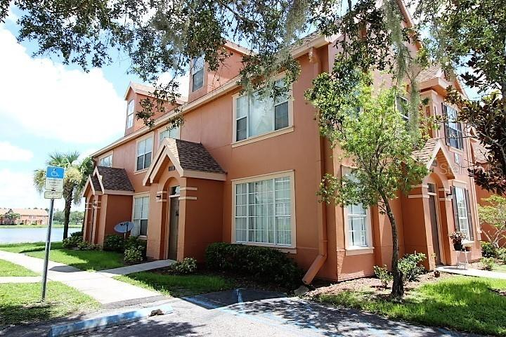 9738 LAKE CHASE ISLAND WAY Property Photo - TAMPA, FL real estate listing