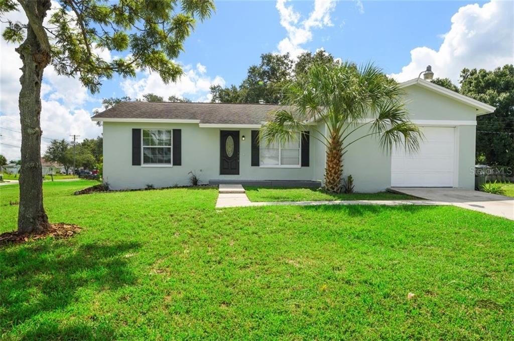 6065 FLORIDA CIRCLE S Property Photo - APOLLO BEACH, FL real estate listing