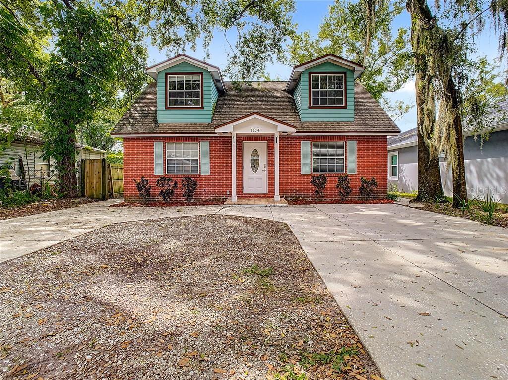 6904 N Highland Avenue Property Photo