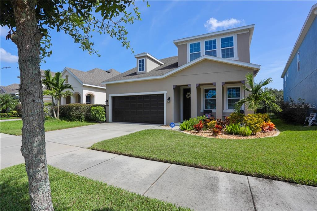 11421 QUIET FOREST DRIVE Property Photo - TAMPA, FL real estate listing