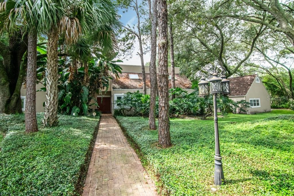 9512 WINDSONG LANE Property Photo - TAMPA, FL real estate listing