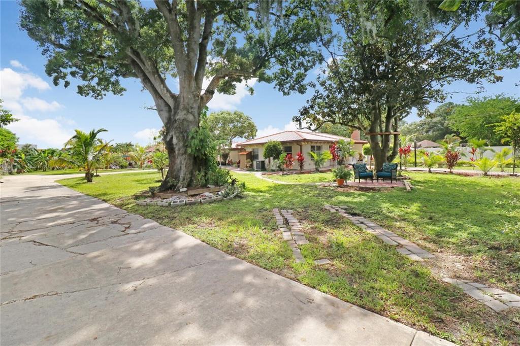6103 ADAMSVILLE ROAD Property Photo - GIBSONTON, FL real estate listing