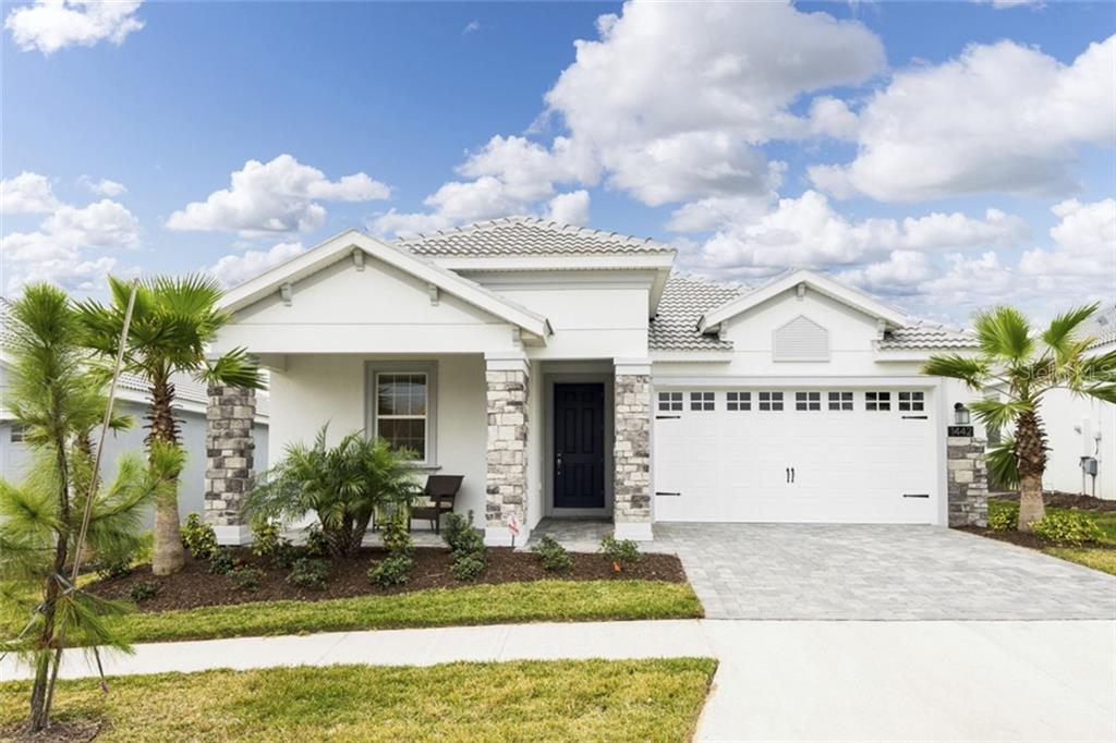 8998 ACE LOOP Property Photo - CHAMPIONS GT, FL real estate listing
