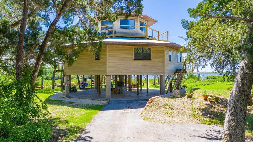14340 W SEASIDE COURT Property Photo - CRYSTAL RIVER, FL real estate listing