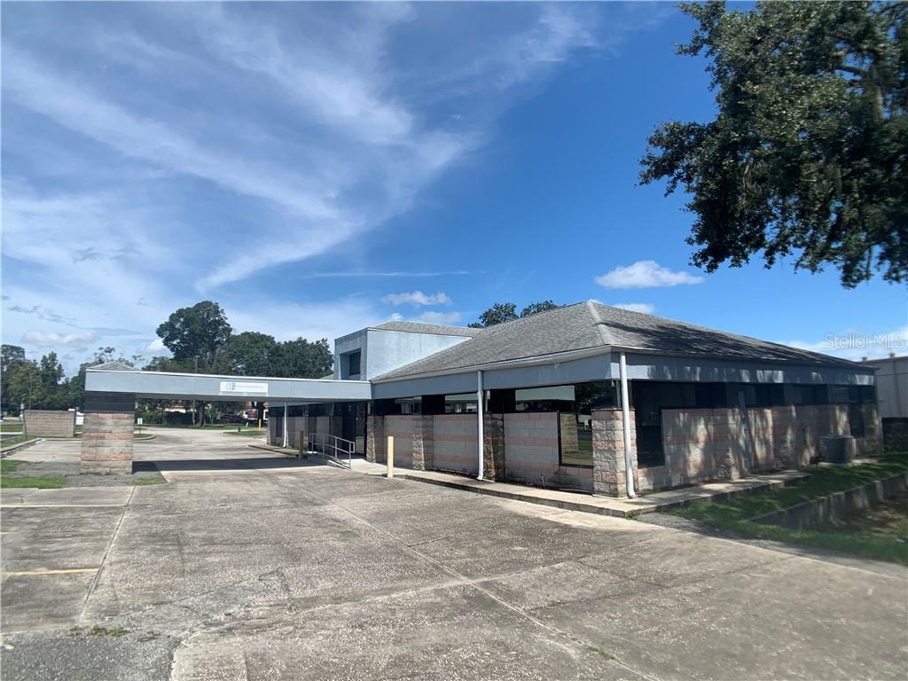 320 OAKFIELD DRIVE Property Photo - BRANDON, FL real estate listing