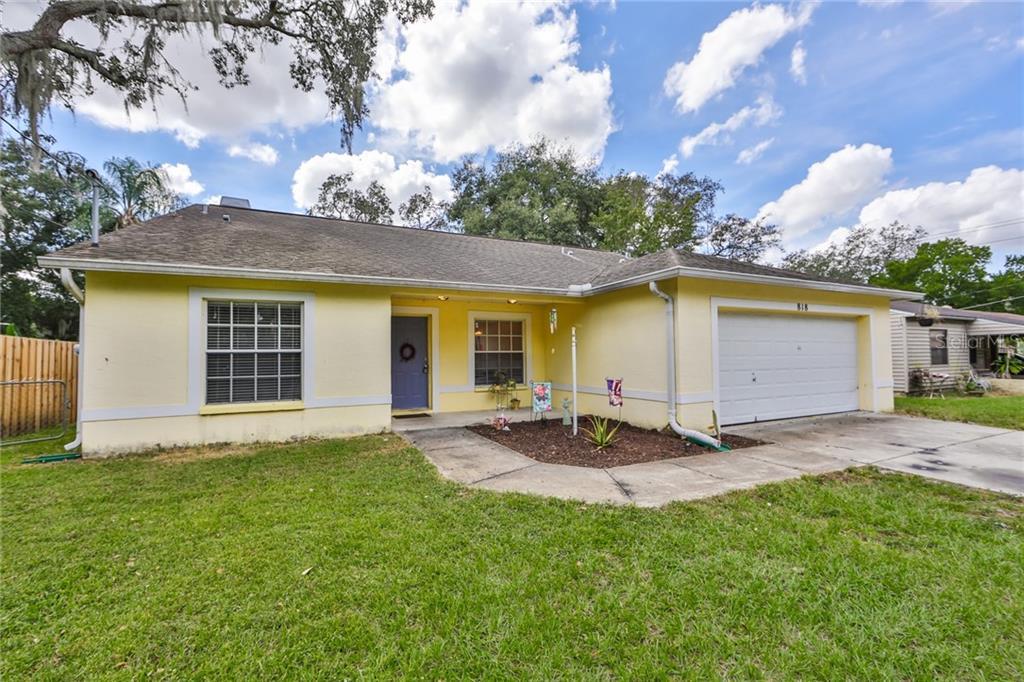 818 W LOWRY LANE Property Photo