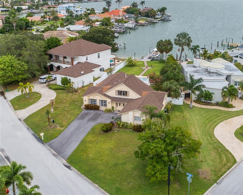 2227 DONATO DRIVE Property Photo - BELLEAIR BEACH, FL real estate listing