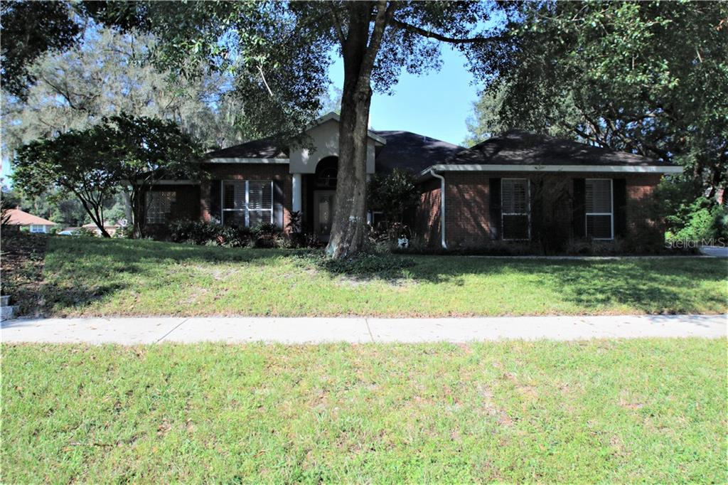 155 White Dove Avenue Property Photo