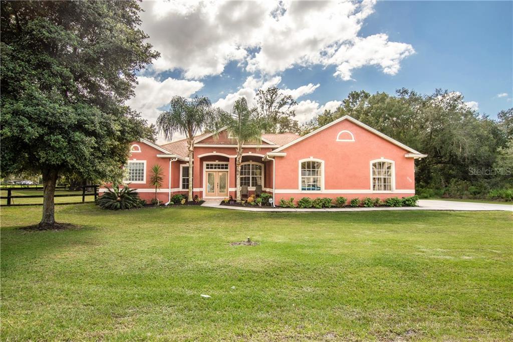 8727 Woodleaf Boulevard Property Photo