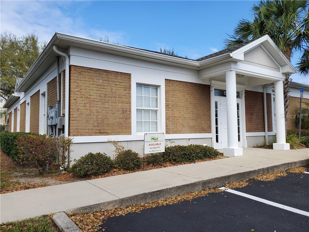 131 N OAKWOOD AVENUE #A Property Photo - BRANDON, FL real estate listing