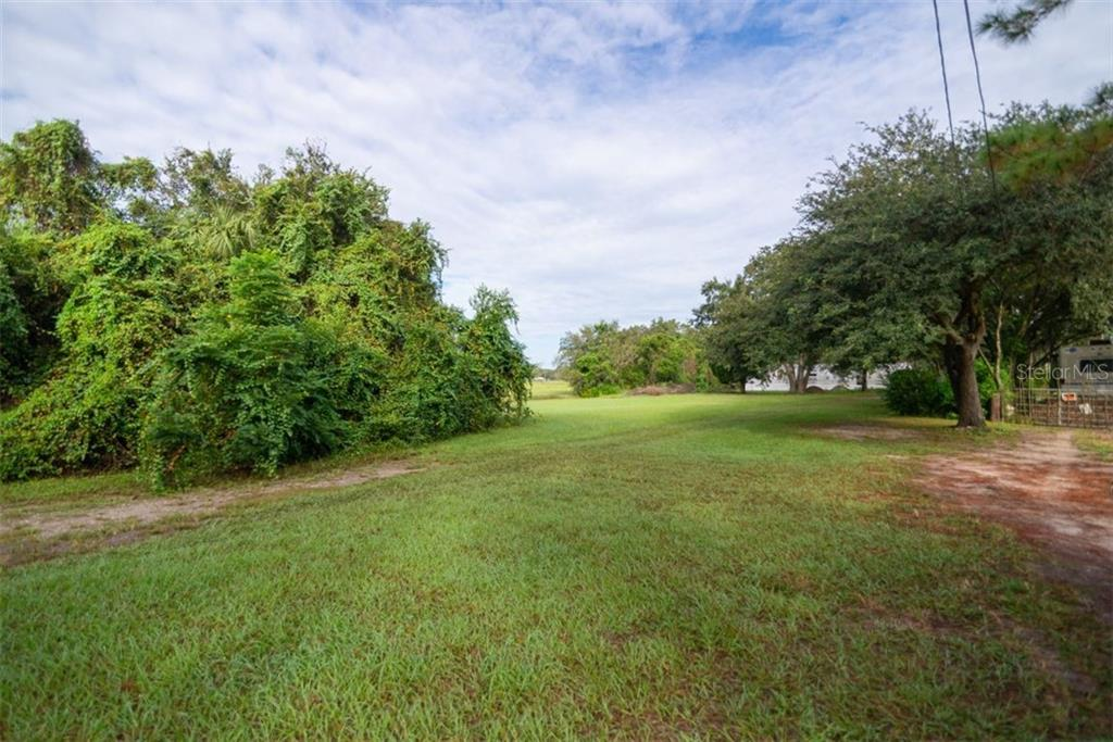 10012 Jefferson Road Property Photo