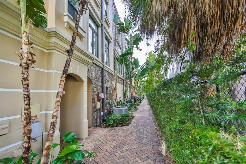 2205 Soho Bay Court Property Photo