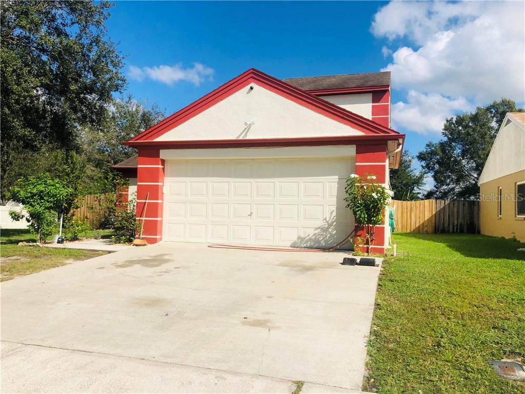 8345 PADDLEWHEEL STREET Property Photo - TAMPA, FL real estate listing