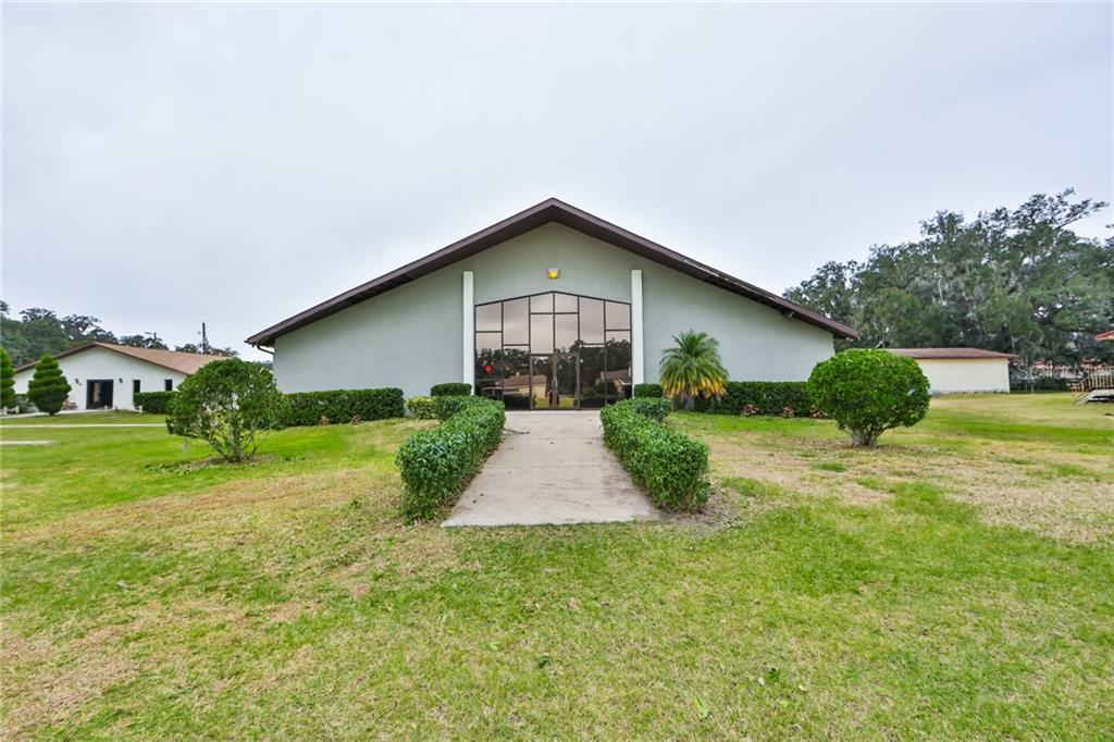 410 SWILLEY ROAD Property Photo - PLANT CITY, FL real estate listing