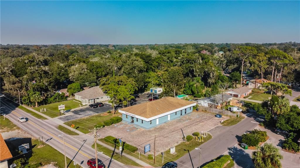 203 KINGSWAY ROAD #A Property Photo - BRANDON, FL real estate listing