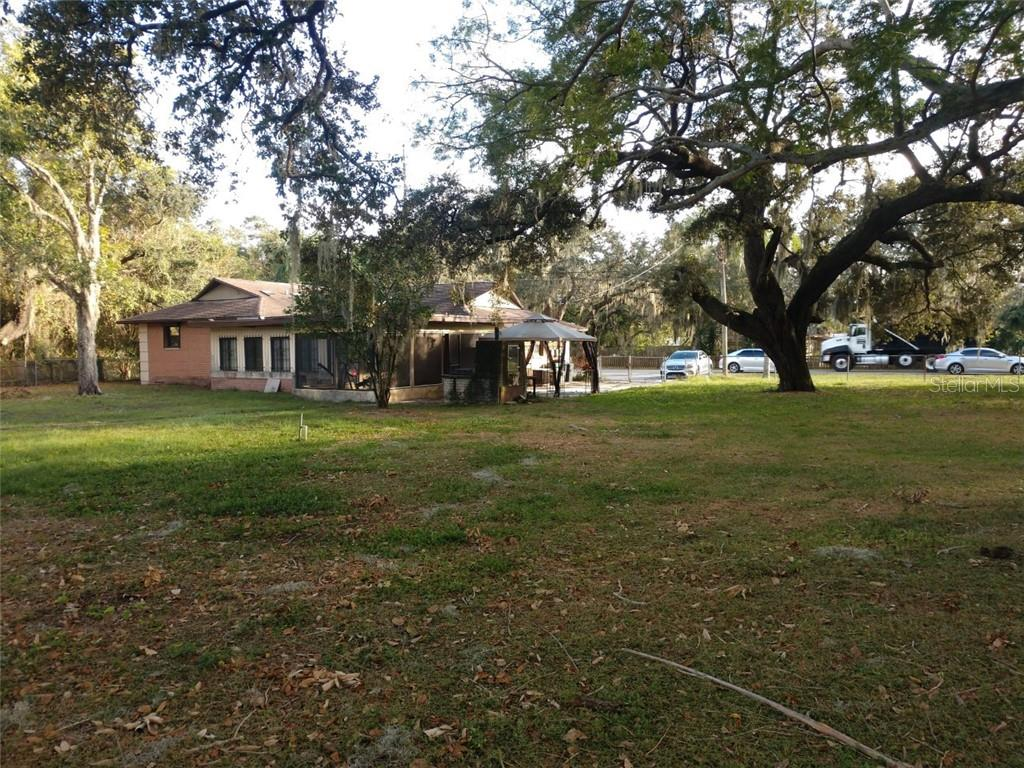 1235 Cedar Street Property Photo